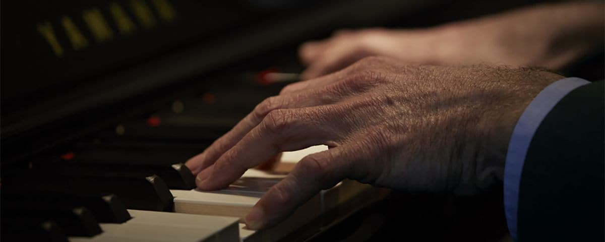 SU Series - Általános leírás - Pianínók - Zongorák - Hangszerek - Termékek  - Yamaha - Magyarország c8ce22f162